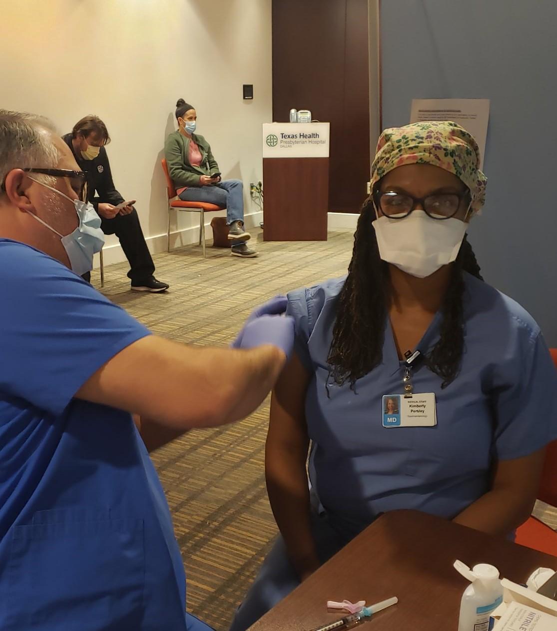 TASCS President Dr. Kim Persley gets Vaccine